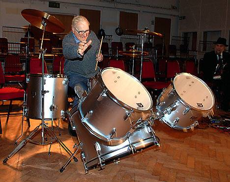 how to play old time rock and roll on drums